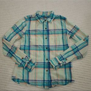 The North Face Women's Light Plaid Button Down